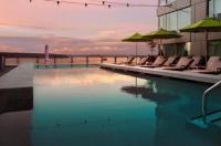 Four Seasons Hotel Seattle Image