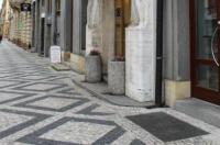 Hotel Grand Image