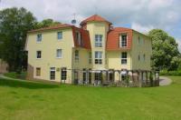 Landhotel Am Peetscher See Image