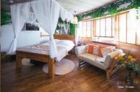 Hotel Pelirocco Image