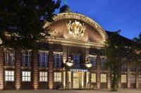 Courtyard By Marriott Bremen Image