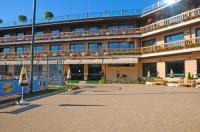 Park Hotel Izida Image