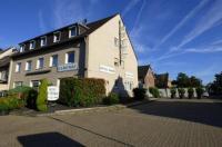 Hotel Alt Büttgen Image