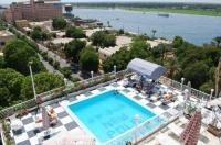 New Pola Hotel Image