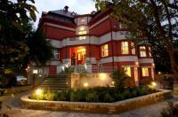 Hotel Villa Image