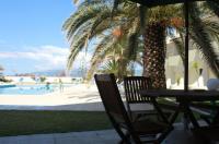 Hotel Caravelas Image