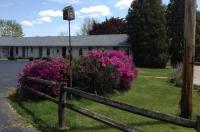 Blue Sky Motel Image