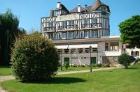 Logis Hostellerie Saint Pierre Image