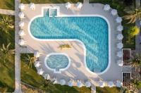 Hotel Esperia Image