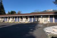 Kelseyville Motel Image