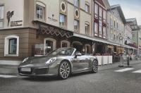 Iris Porsche Hotel & Restaurant Image