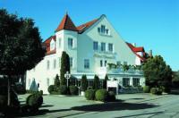 Hotel Daniels Image