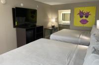 Seaside Sands Inn Image