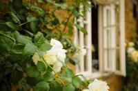 White Horse Inn & Restaurant Image