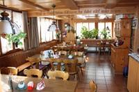 Hotel Restaurant Koi-Gartenteich Image