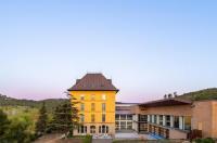 Hotel Balneari de Rocallaura Image