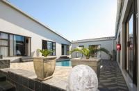 Le Blue Guesthouse Image