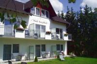 Land-gut-Hotel BurgBlick Image