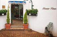 Manaar House Image