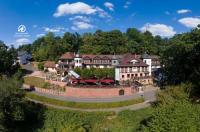 Schlosshotel Mespelbrunn Image