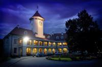 Dom Polonii Hotel Zamek Image