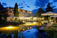 Hotel Weingarten Image