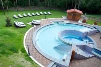 Erdospuszta Club Hotel Fenyves Image