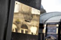 Royal Parade Apartments Image