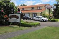 Gwendoline Court Motel Image