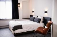 Hotel Carnac Image