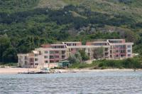 Sea Paradise Apartment Complex Image