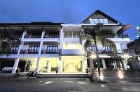Laem Din Hotel Image