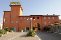 Hotel Plazza Image