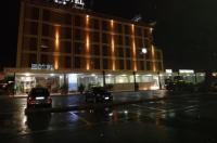 Benny Hotel Image