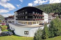 Berghotel-Gasthof Gstrein Image