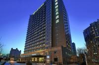 Novotel Beijing Sanyuan Hotel Image