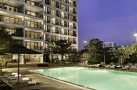 Oakwood Residence Garden Towers Bangna Image