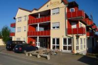 Aviva Apartment Hotel Image