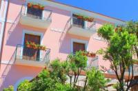 Hotel Pisacane Image