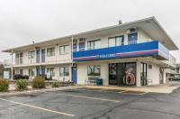 Motel 6 Janesville Image