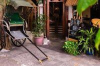Anggun Boutique Hotel Image