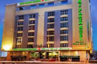 Taj Plaza Hotel Image