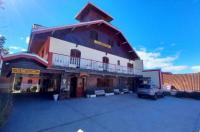 Hotel Shallon Image