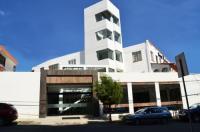 Hotel Calacoto Image