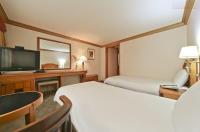 Hotel Nostalgia Image