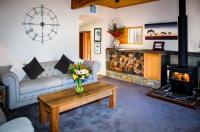 Te Wanaka Lodge Image