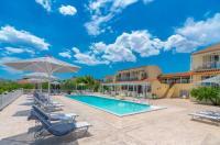 Leonidas Resort Image