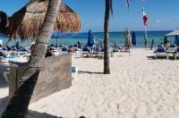 Hotel Pelicano Inn Playa del Carmen Image