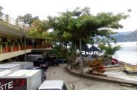 Pandu Lakeside Hotel Parapat Image