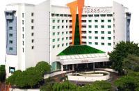 Harris Hotel Tebet Image